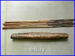 Ancien Arc en bois avec carcan + flèches Pygmées Afrique de l'Ouest Guinée