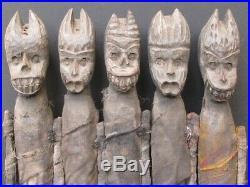 Etranges Sculptures Les Poupées Monstres en bois du NÉPAL