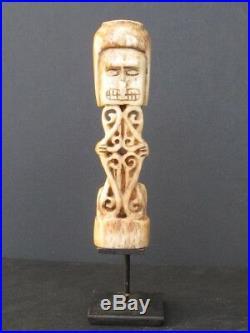 Insolite Sculpture Korwar Irian Jaya INDONÉSIE