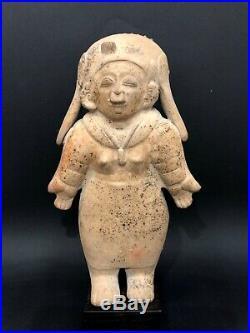 Prêtresse Jama-Coaque, 500 avant 500 après Jc Équateur précolombien precolumbian